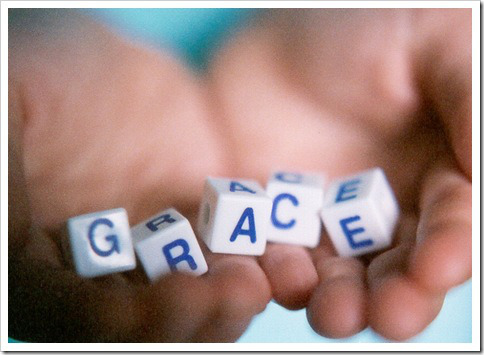 gods-grace-in-hands