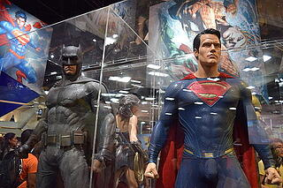 Batman_v_Superman_costumes_SDCC_2015.jpg